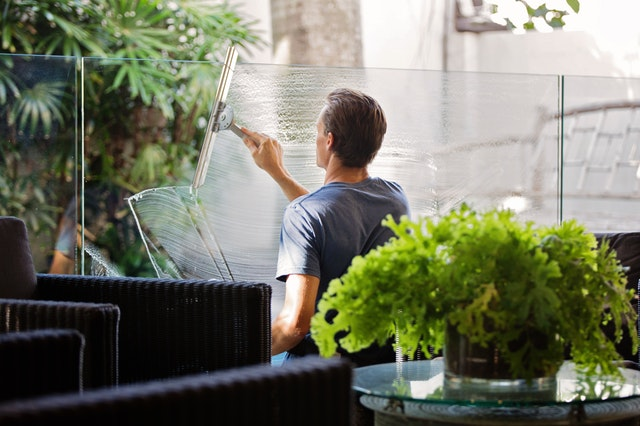 Home Guide to Residential and Commercial Window Washing Services